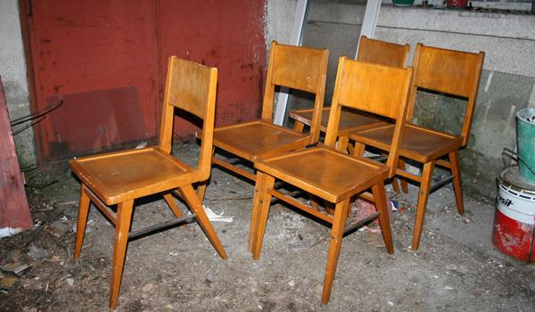 Изхвърляне на стари столове