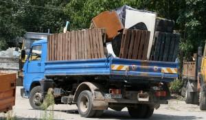 Събиране и извозване на мебели