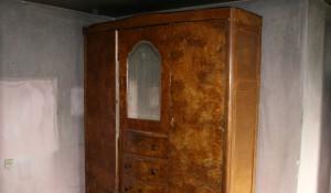 Изхвърляне на стар гардероб