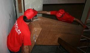 Изнасяне на стари мебели от къща