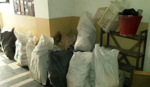 Изнасяне и изхвърля строителни и битови отпадъци