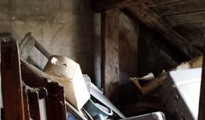 Почистване на тавани