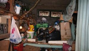 Изхвърляне на стари мебели и вещи от жилище